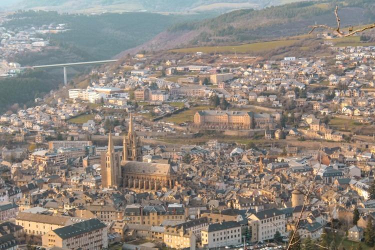 Panorama ville de Mende et du lycée Notre Dame