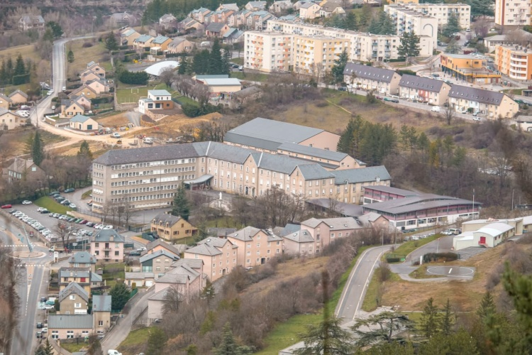 Vue d'ensemble du lycée Notre Dame en Lozère à Mende
